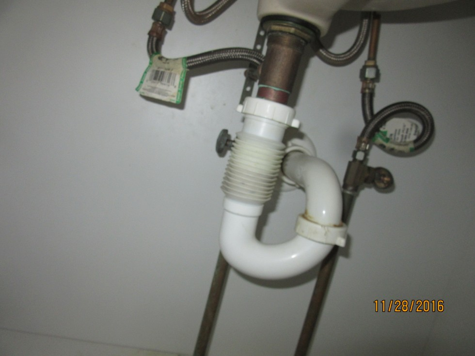 Flexible drain