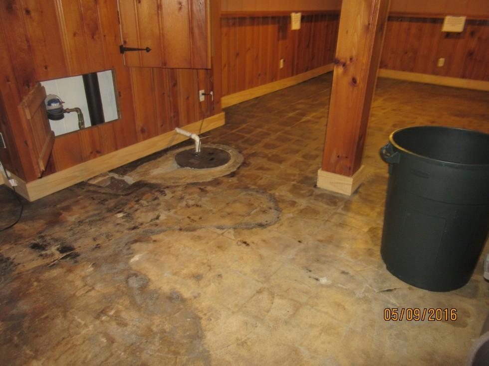 Vinyl asphalt flooring
